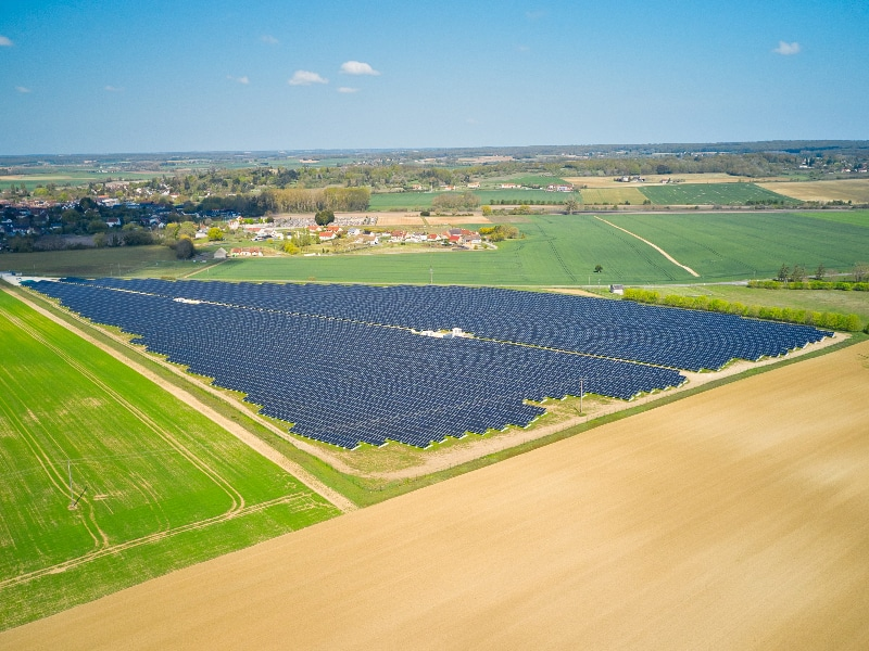 Neoen-centrale-solaire-de-Levroux-6